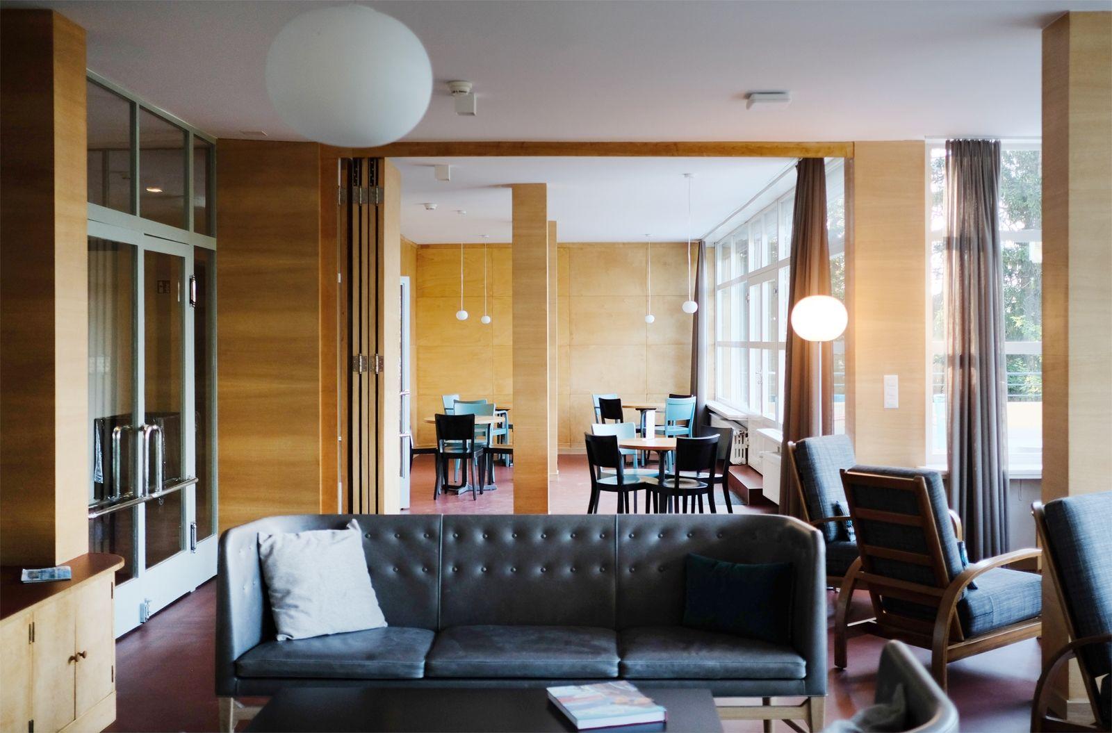 Die Schweizer Jugendherberge Bella Lui Architektur Möbeldesign