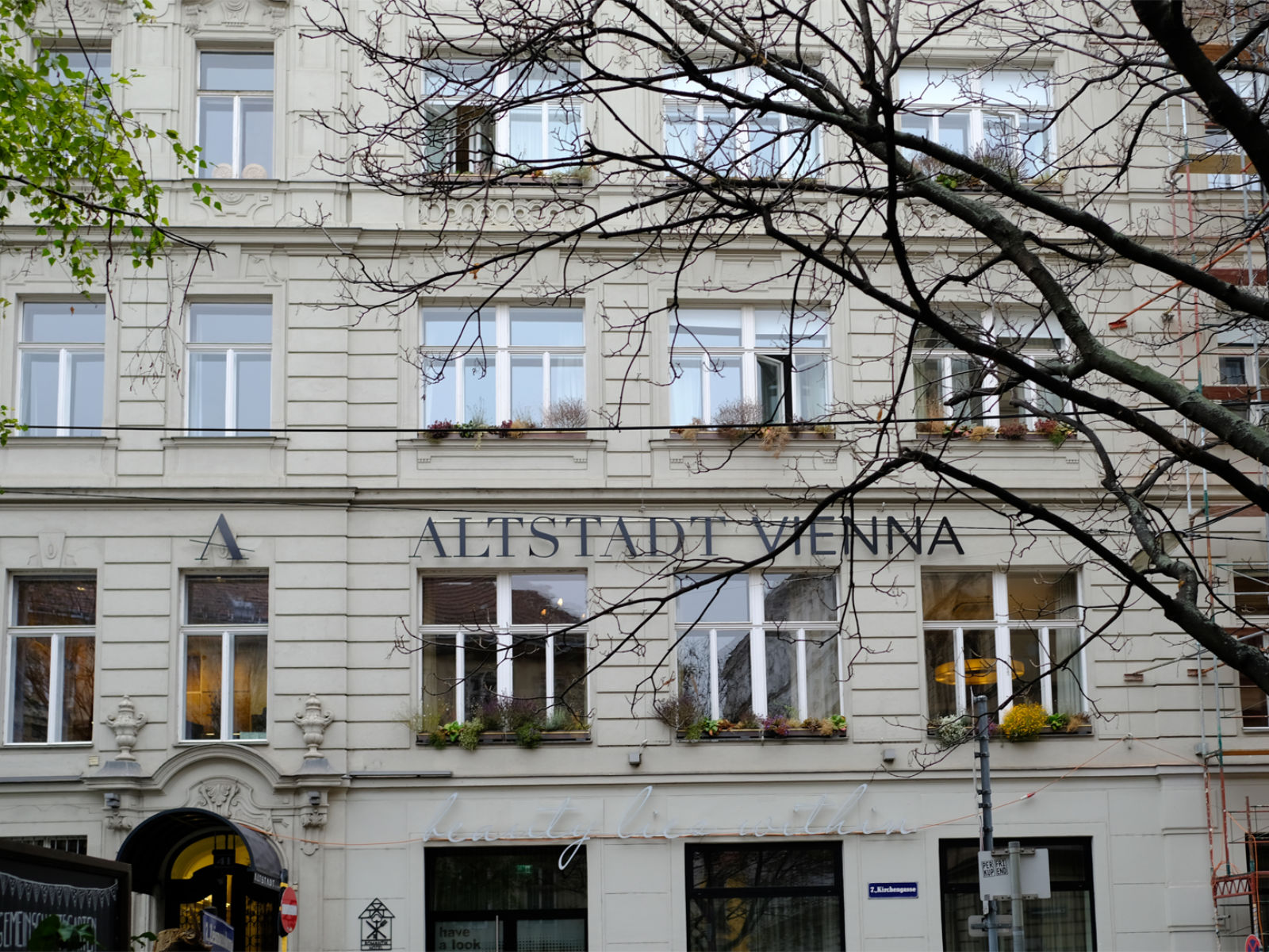 hotel altstadt vienna wiener lebensgef hl am spittelberg anneliwest berlin. Black Bedroom Furniture Sets. Home Design Ideas