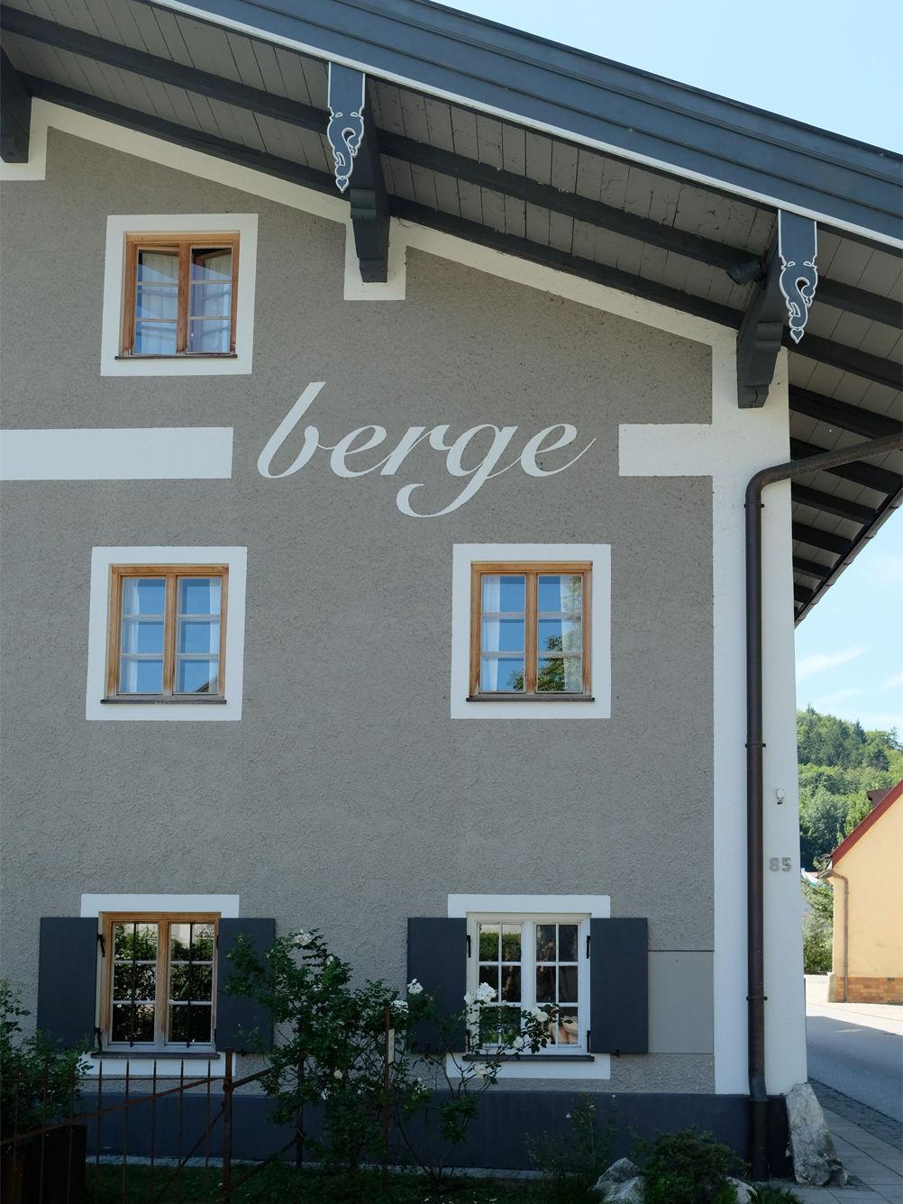 G stehaus berge entspannung im detail anneliwest berlin for Design hotel berge