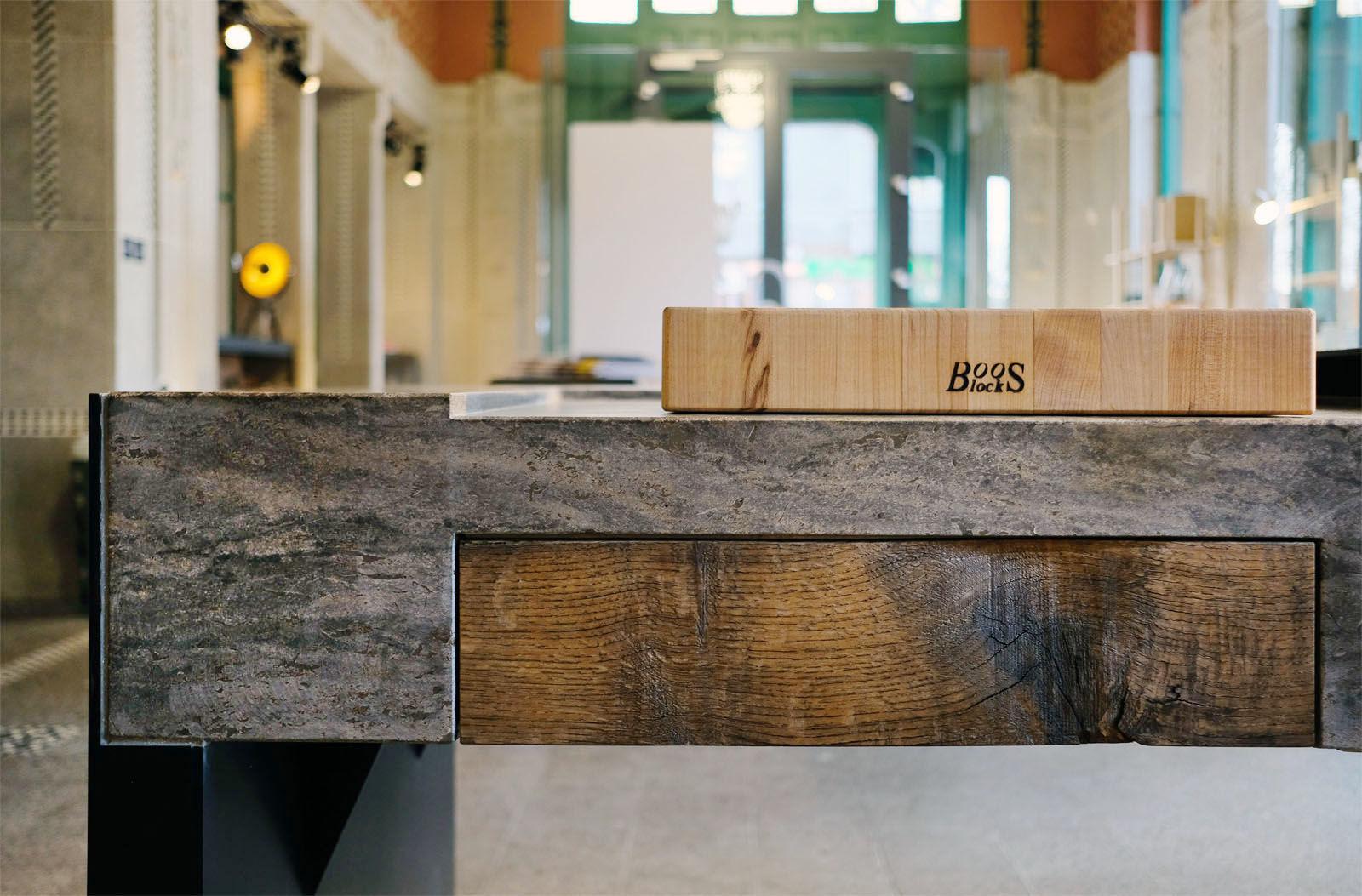 Outdoor Küche Aus Altem Holz : Stein holz stahl u küchen für drinnen und draußen am s bahnhof